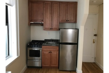 Stunning Large West Village 1 Bed on Greenwich Street
